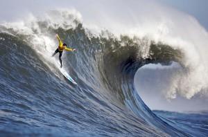 Des équations pour les vagues